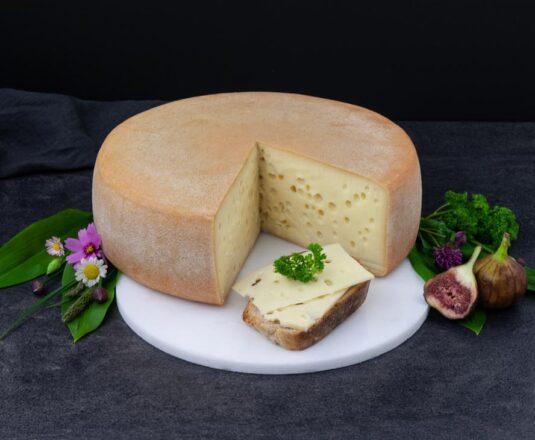Bremenrieder mild mit Brot